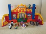 FISHER PRICE CIRCUS