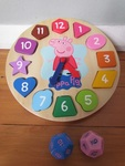1738: Peppa Pig Wooden Clock Game