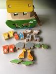 D2b-16: Noah's ark