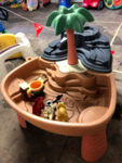 F1-15: Dino Dig Sand and Water Table