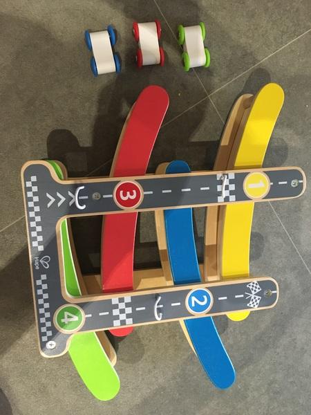 945: Flipdeck Car Racer
