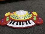 991: Electronic keyboard