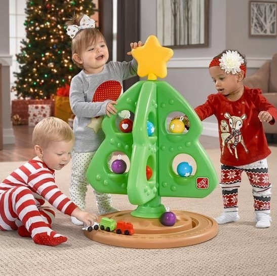 1216: Christmas Tree