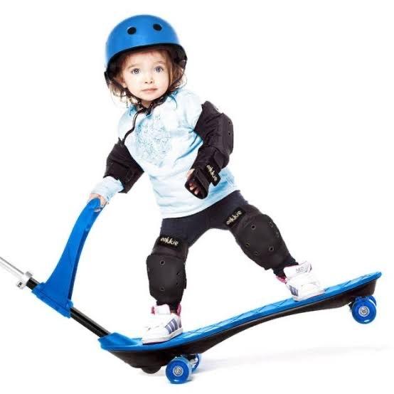 1217: Ookie Skateboard