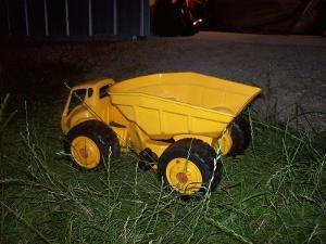 221B: Big Dump Truck