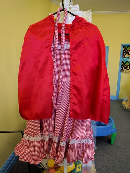 822B: Little Red Riding Hood costume