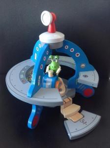 1225: Hape UFO