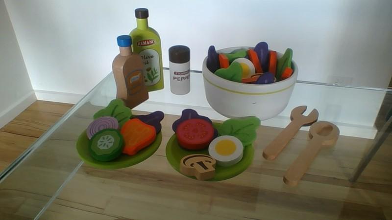 206: Wooden Salad Set