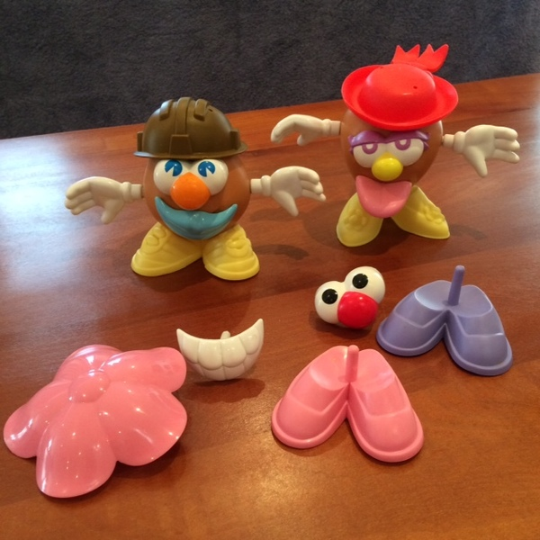 302: Mini Mr & Mrs Potato Head