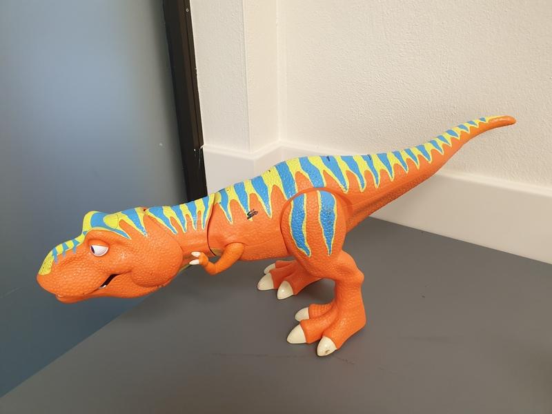 0673: Dinosaur
