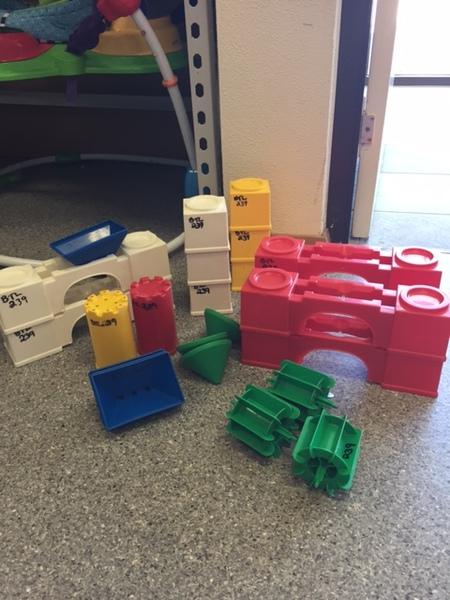 0239: Aqua Play Castles