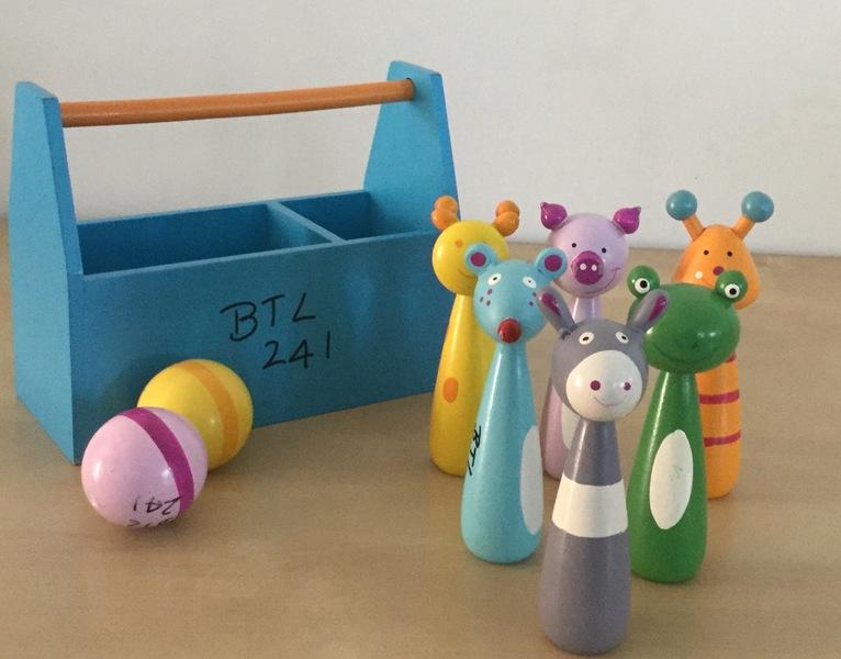 0241: Mini Wooden Animal Skittles