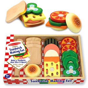 0245: Melissa and Doug Wooden Sandwich Making Set