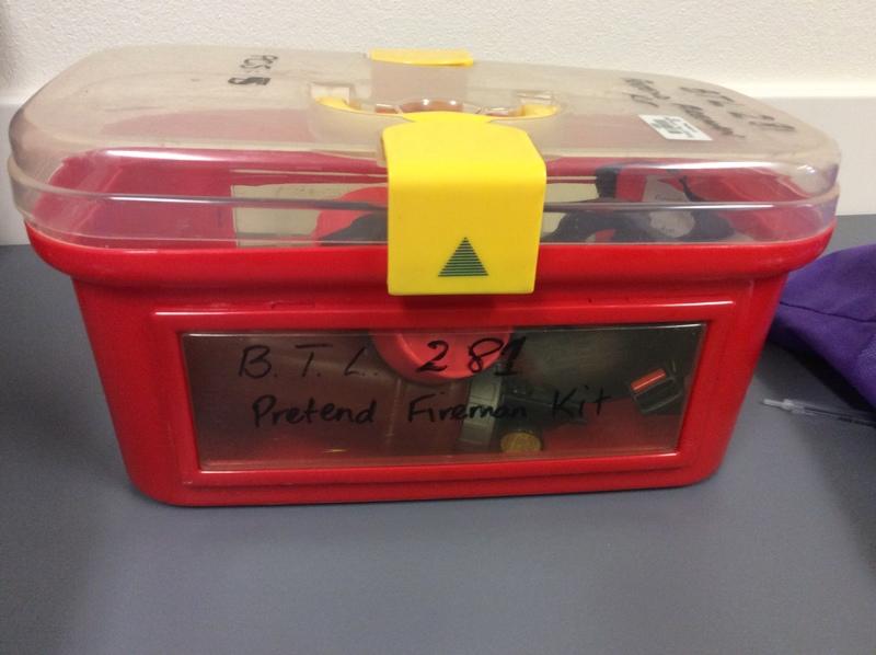 0281: Pretend fireman kit