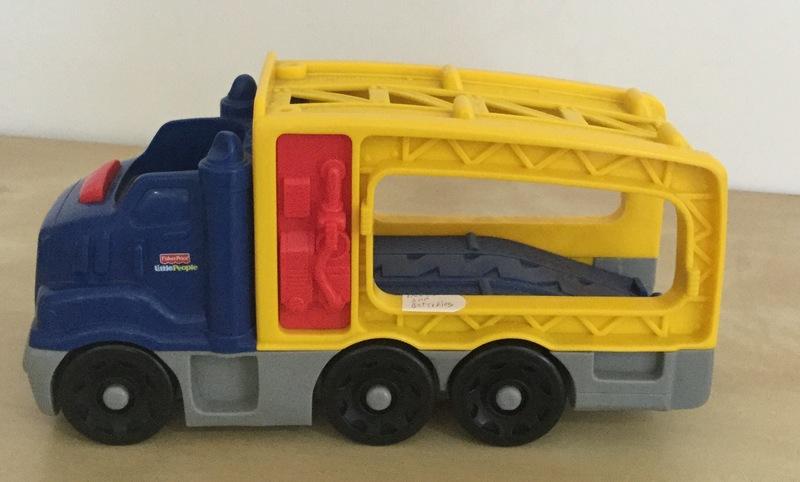0390: Little People car transporter
