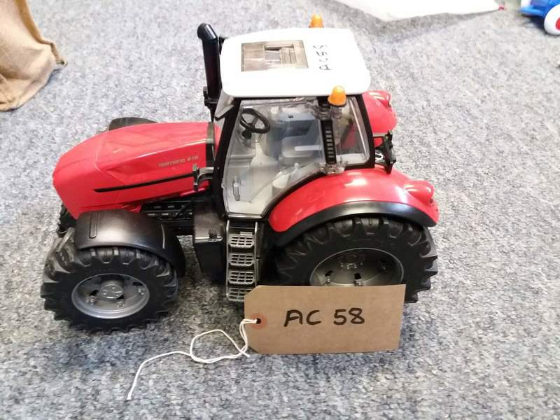ac58: large tractor