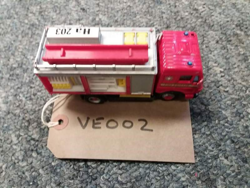 ve002: small fire engine