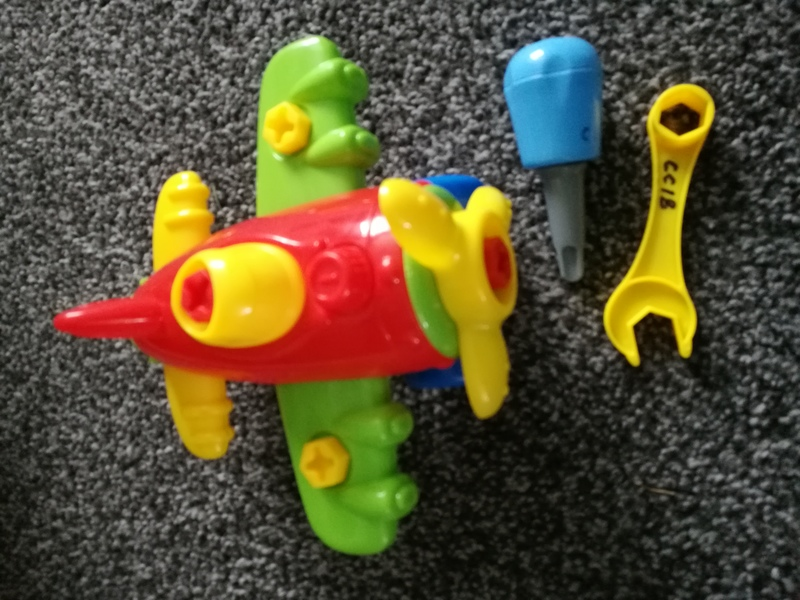 CC18: Deconstruct Aeroplane toy
