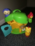 AG16: fisher price tree house