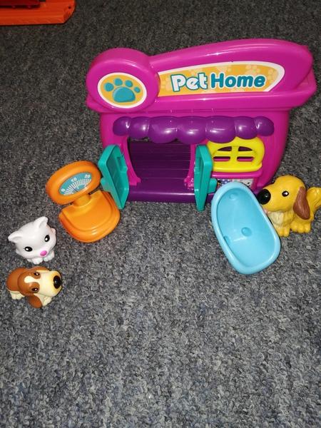 T667: Pet Home
