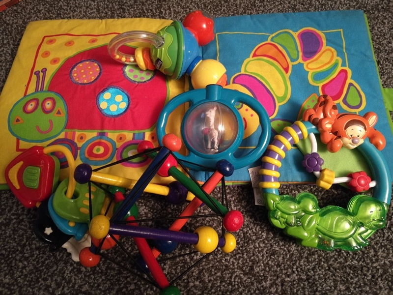ba5: selection of baby toys