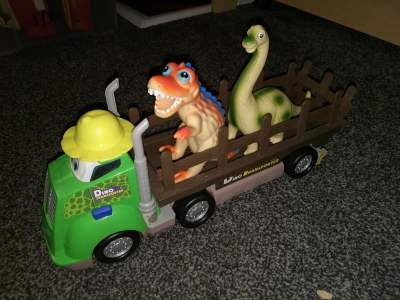ve2: dinosaur transport truck