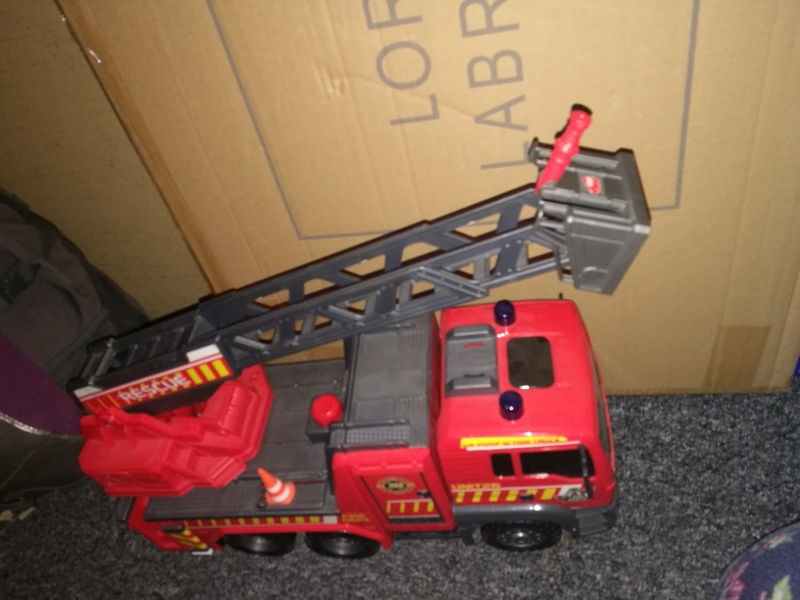 ve3: large fire engine