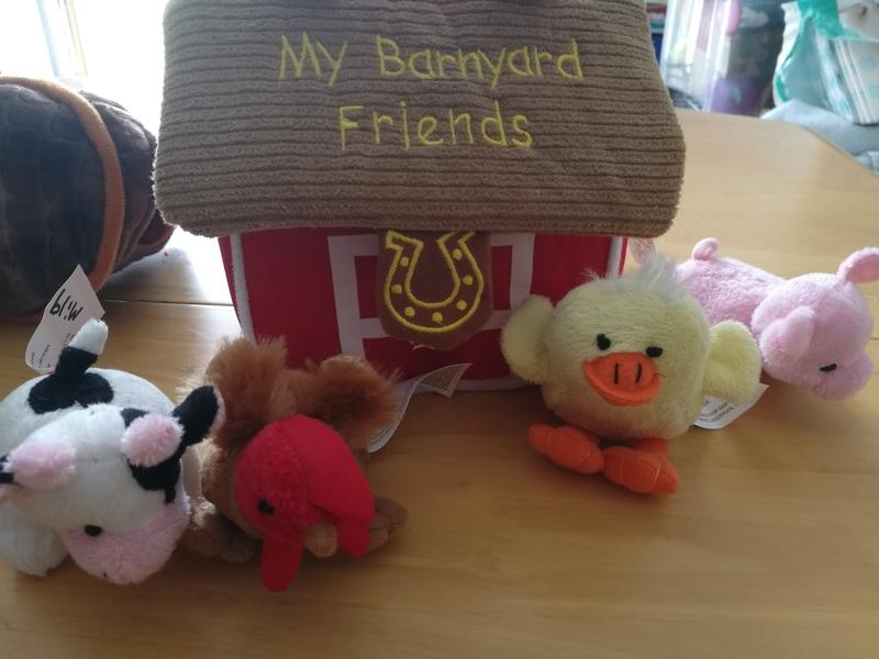 mi19: barnyard friend with noisy animals