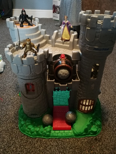 pr7: fisher price castle with cannon