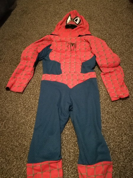 d8: spiderman reversible to black outfit