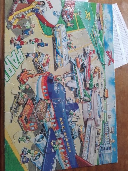 649: Airport floor puzzle