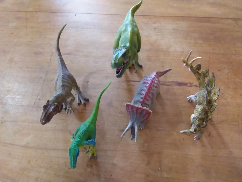 741: Large dinosaur set