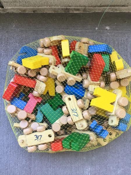317: Wooden alphabet train