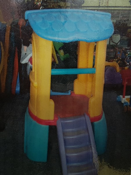 a2022: TODDLER TREEHOUSE HIRE