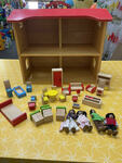 E2034: WOODEN DOLLS HOUSE + PCS