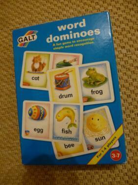 G2222: WORD DOMINOES