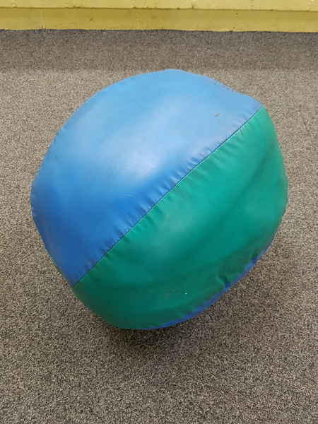 S1107: BLUE/GREEN LARGE BALL