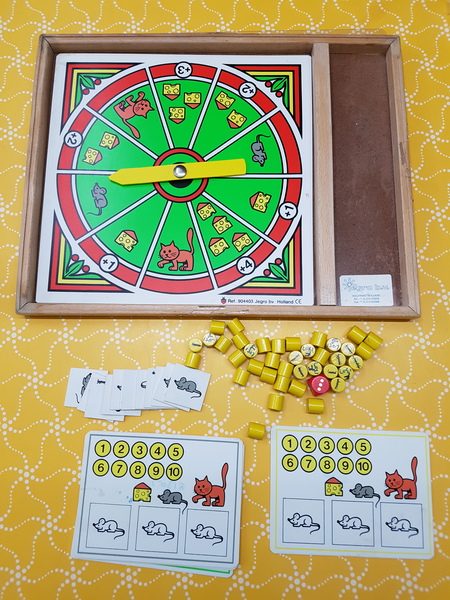 G1307: CAT & MOUSE GAMES