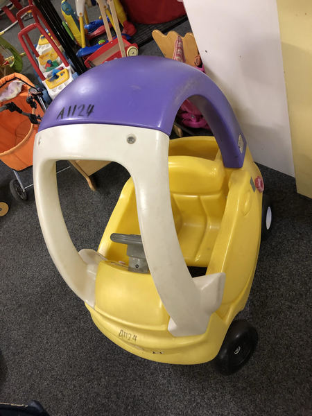 A1124: TODDLERS TUNES COUPE