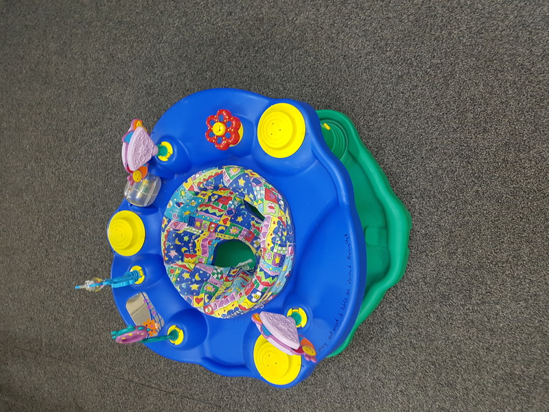 B1015: BABY ACTIVITY TABLE