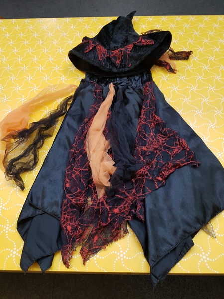 D0024: SPIDER SCARF DRESS