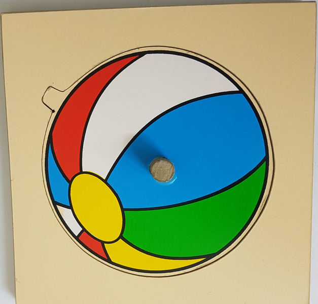 D1210: BALL PUZZLE