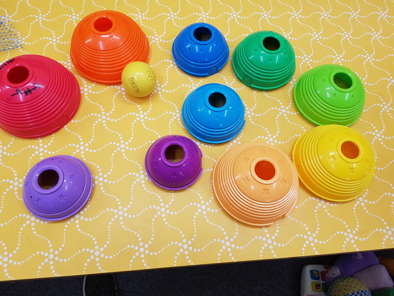 B1125: STACK & ROLL CUPS