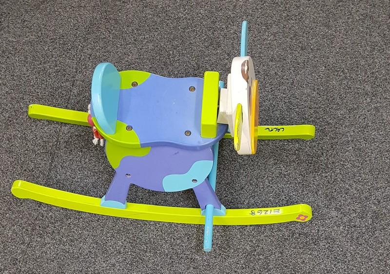 E1268: ROCKING BLUE COW