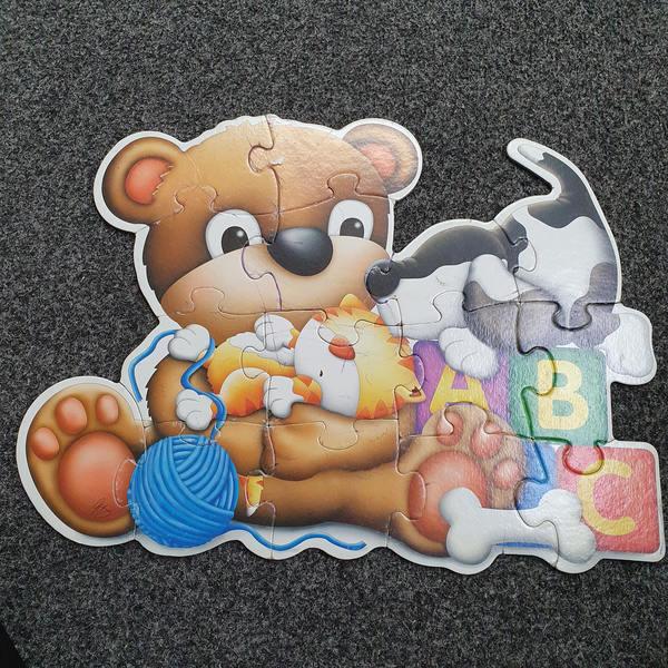 P1090: TEDDY BEAR FLOOR PUZZLE