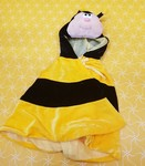 D0061: BUMBLE BEE CAPE
