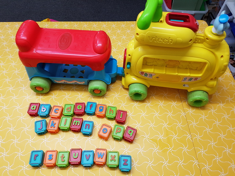 B1044: PUSH AND RIDE ALPHABET TRAIN