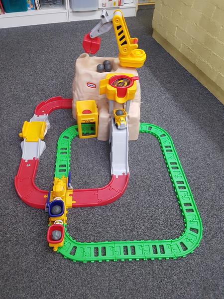E1290: ROAD & RAIL SET