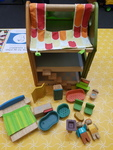 E1339: SOLAR PLAY HOUSE (WOODEN)
