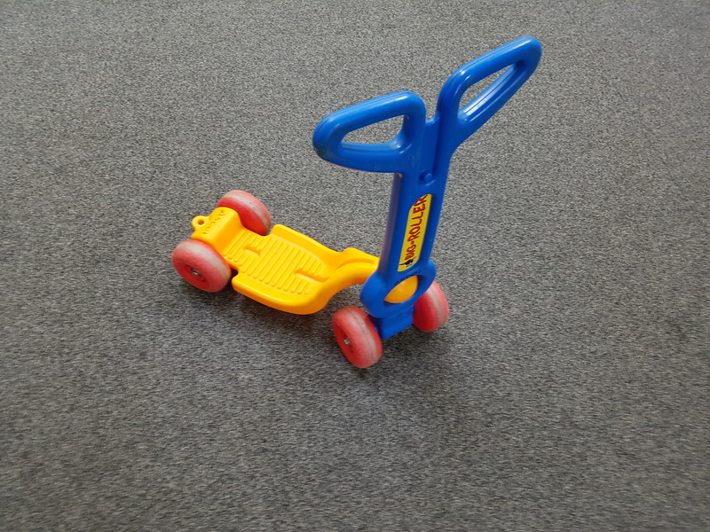 A5036: BIG ROLLER SCOOTER